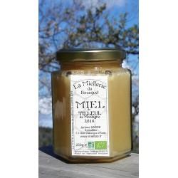 Miel Bio de Tilleul. Ce miel est cristallisé. Photo avril 2019.