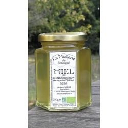 Miel de Rhododendron Bio de Pyrénées en France. Aspect à la mise en pot.